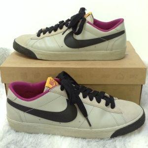 Nike Shoes - Nike Blazer Low Classic sneakers granite black
